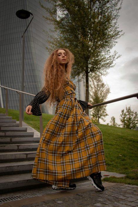 Modelle Brescia • MIRIAM A • NEW FACES, Gambista, Beauty, Manista, Fotomodella Over 20, Fotomodello Under 18, Fittings, Fotomodella, Editoriali, Sfilate