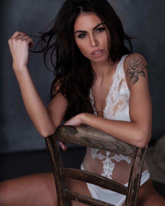 Modelle Brescia • MORENA M • Beauty, E-Commerce, Fotomodella Legs / Hand, Top Models, Fotomodella Over 30, Fotomodella Over 20, Intimo, Abiti da Sposa, Fittings, INK, Cataloghi, Editoriali, Immagine