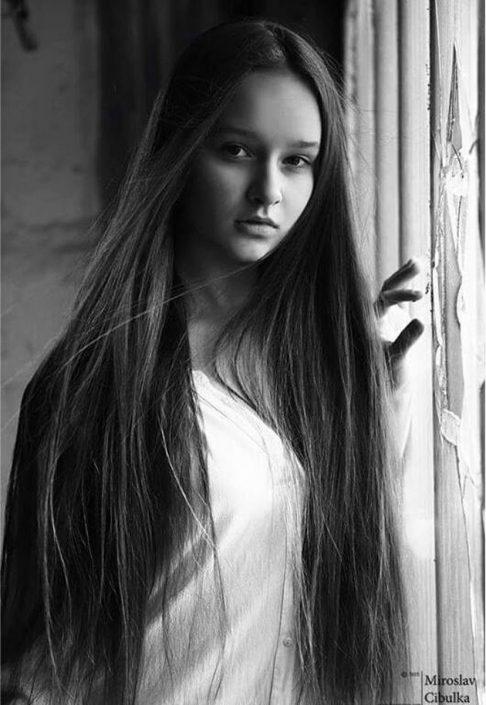 Modelle Brescia • NATALIA N • NEW FACES, Gambista, Beauty, Manista, Fotomodella Over 20, Fotomodello Under 18, Fittings, Fotomodella, Editoriali, Sfilate