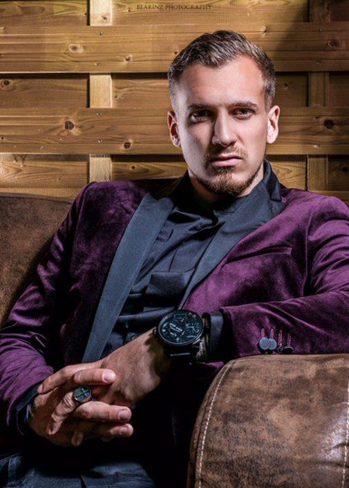 Modelle Brescia • Nicolas C • MEN, Manista, Fittings, Cataloghi, Editoriali, fotomodello, top model, abiti da sposo, Sfilate, LookBook, Fotomodello Uomo