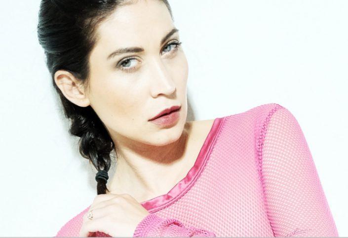 Modelle Brescia • Nicole Q • DEVELOPMENT, Beauty, E-Commerce, Fotomodella Over 30, Intimo, Abiti da Sposa, Fittings