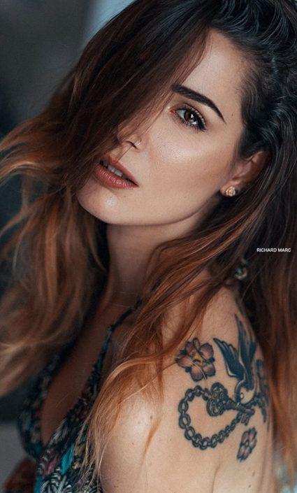 Modelle Brescia • NICOLE V • Beauty, E-Commerce, Fotomodella Legs / Hand, Top Models, Fotomodella Over 30, Fotomodella Over 20, Intimo, Abiti da Sposa, Fittings, INK, Cataloghi, Editoriali, Immagine