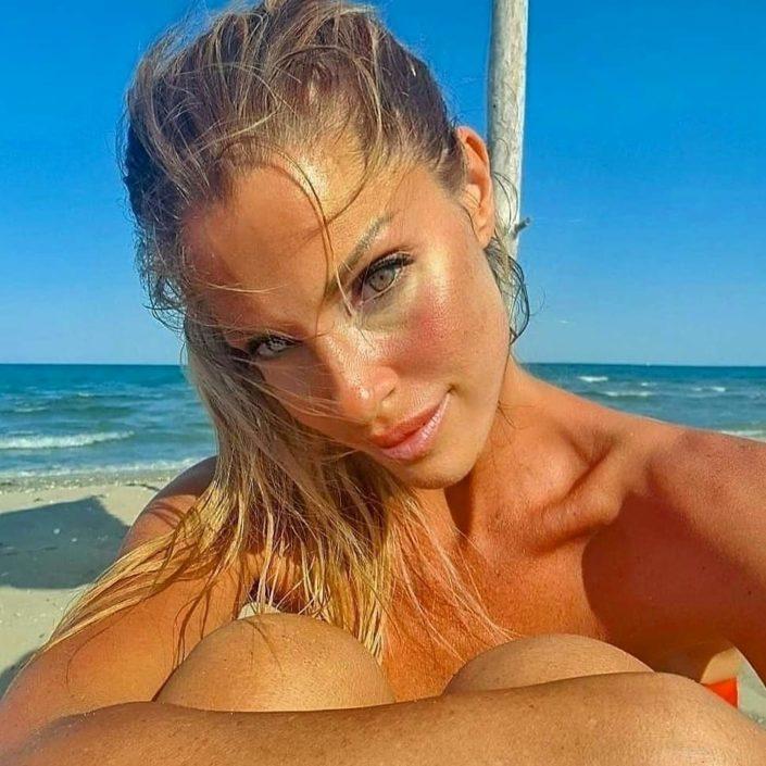 Modelle Brescia • PAOLA C • SILVER, Beauty, Catalogo, Fotomodella Over 40, Fotomodella Over 50, Fotomodella Over 60, Fotomodella Over 70, Editoriali