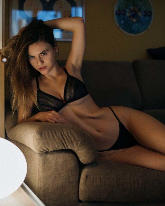 Modelle Brescia • RAFAELA S • NEW FACES, Gambista, Beauty, Manista, Fotomodella Over 20, Fotomodello Under 18, Fittings, Fotomodella, Editoriali, Sfilate