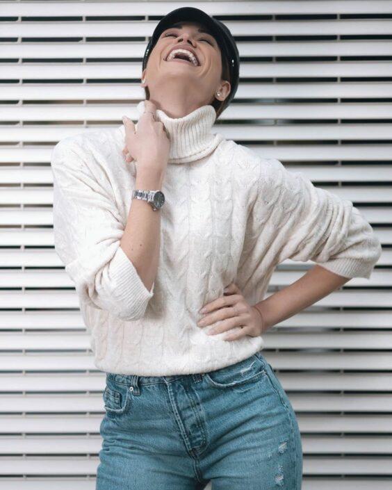 Modelle Brescia • RITA ALBA G • DEVELOPMENT, Gambista, Beauty, Manista, E-Commerce, Fotomodella Legs / Hand, Top Models, Fotomodella Over 30, Fotomodella Over 20, Intimo, Abiti da Sposa, Fittings