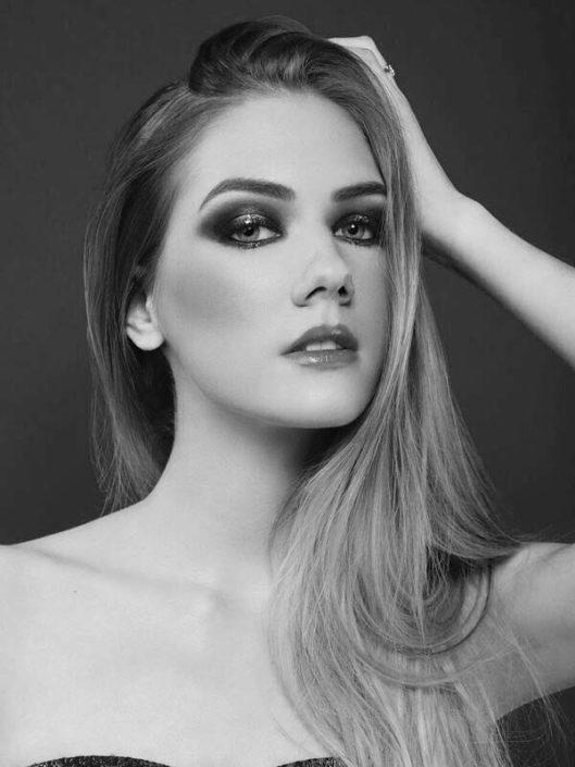 Modelle Brescia • ROMANE D • NEW FACES, Gambista, Beauty, Manista, Fotomodella Over 20, Fotomodello Under 18, Fittings, Fotomodella, Editoriali, Sfilate