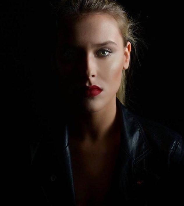 Modelle Brescia • ROMY VB • DEVELOPMENT, Gambista, Beauty, Manista, E-Commerce, Fotomodella Legs / Hand, Top Models, Fotomodella Over 30, Fotomodella Over 20, Intimo, Abiti da Sposa, Fittings