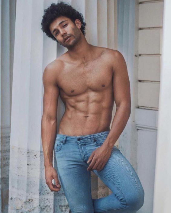 Modelle Brescia • SAMUEL L • MEN, Manista, Fittings, Cataloghi, Editoriali, fotomodello, top model, abiti da sposo, Sfilate, LookBook, Fotomodello Uomo