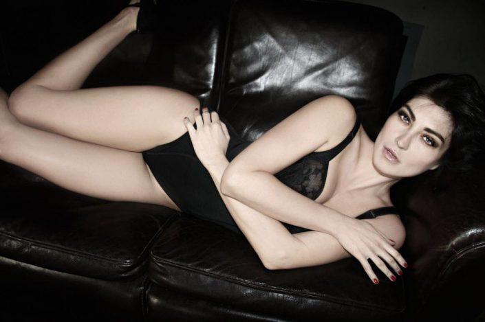Modelle Brescia • Sara B • Beauty, E-Commerce, Fotomodella Legs / Hand, Top Models, Fotomodella Over 30, Fotomodella Over 20, Intimo, Abiti da Sposa, Fittings, INK, Cataloghi, Editoriali, Immagine