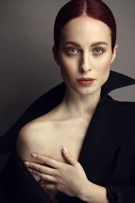 Modelle Brescia • SARA T • DEVELOPMENT, Gambista, Beauty, Manista, E-Commerce, Fotomodella Legs / Hand, Top Models, Fotomodella Over 30, Fotomodella Over 20, Intimo, Abiti da Sposa, Fittings
