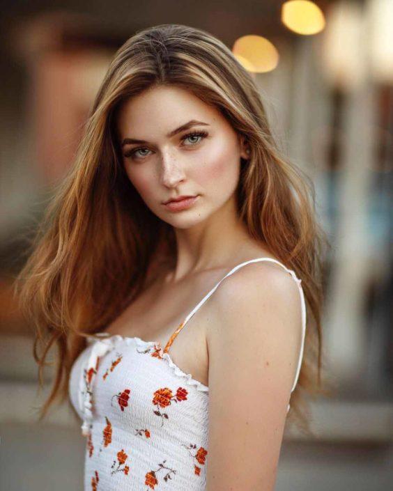 Modelle Brescia • SARAH M • NEW FACES, Gambista, Beauty, Manista, Fotomodella Over 20, Fotomodello Under 18, Fittings, Fotomodella, Editoriali, Sfilate