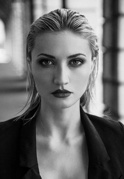 Modelle Brescia • SEVIL B • WOMEN, Beauty, E-Commerce, Fotomodella Legs / Hand, Top Models, Fotomodella Over 30, Abiti da Sposa, Fittings