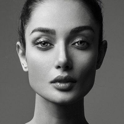 Modelle Brescia • SHADEMANEH M • LOMBARDIA