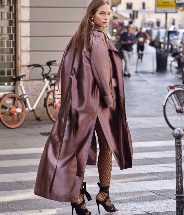 Modelle Brescia • SHELLY C • Fotomodella Influencer, WOMEN, Gambista, Manista, Catalogo, E-Commerce, Sfilata, Top Models, Fotomodella Over 20, Intimo, Abiti da Sposa, Fittings