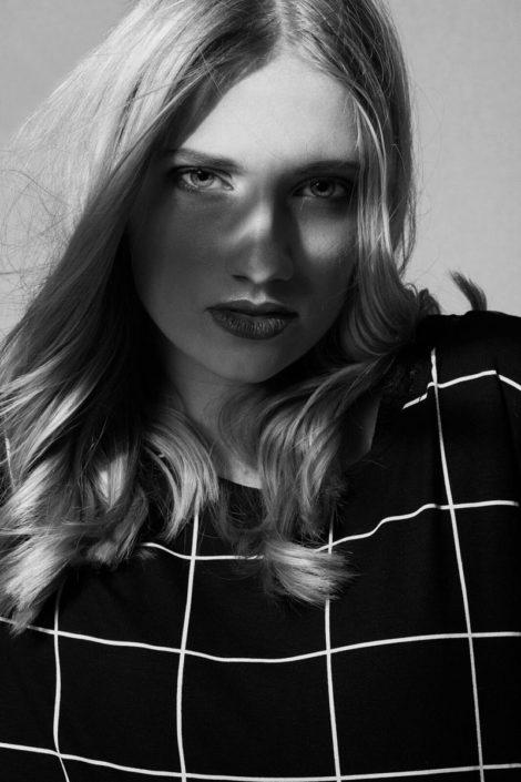 Modelle Brescia • SOLENE B • NEW FACES, Gambista, Beauty, Manista, Fotomodella Over 20, Fotomodello Under 18, Fittings, Fotomodella, Editoriali, Sfilate