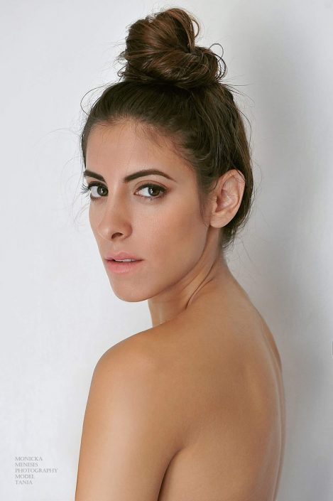 Modelle Brescia • Tan P • Beauty, E-Commerce, Fotomodella Legs / Hand, Top Models, Fotomodella Over 30, Fotomodella Over 20, Intimo, Abiti da Sposa, Fittings, INK, Cataloghi, Editoriali, Immagine