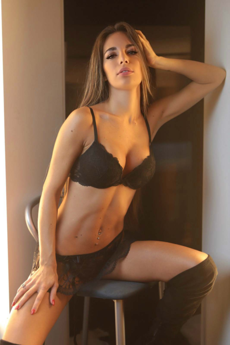 Modelle Brescia • TATIANA B • Fotomodella Influencer, Top Models, Fotomodella Over 20, Fittings, Cataloghi, Editoriali, FIT