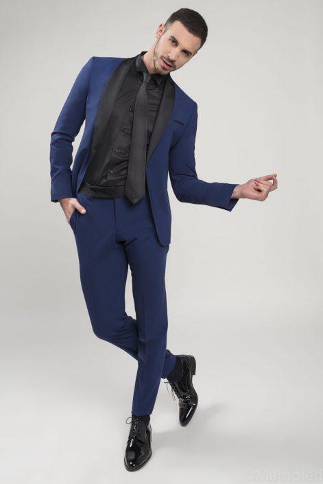 Modelle Brescia • Tommaso C • MEN, Manista, Fittings, Cataloghi, Editoriali, fotomodello, top model, abiti da sposo, Sfilate, LookBook, Fotomodello Uomo