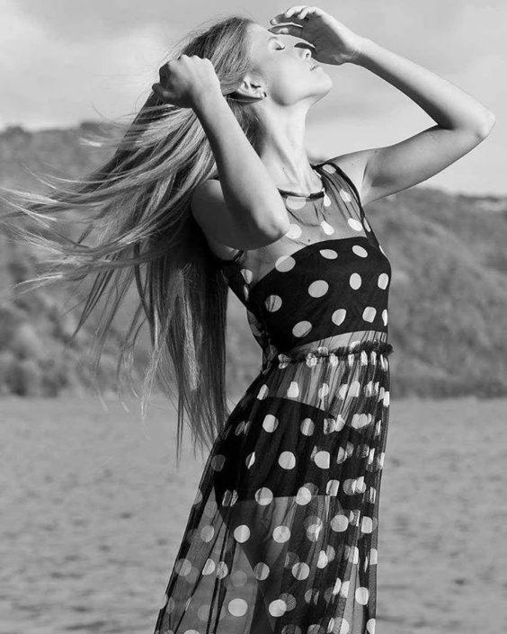 Modelle Brescia • VALENTINA BL • WOMEN, Gambista, Beauty, Manista, E-Commerce, Fotomodella Legs / Hand, Top Models, Fotomodella Over 20, Intimo, Abiti da Sposa, Fittings