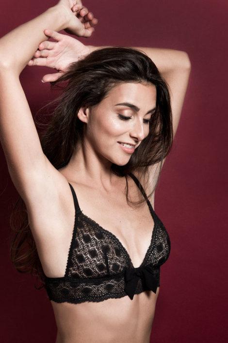 Modelle Brescia • VALENTINE Z • WOMEN, Gambista, Beauty, Manista, E-Commerce, Fotomodella Legs / Hand, Top Models, Fotomodella Over 30, Intimo, Abiti da Sposa, Fittings