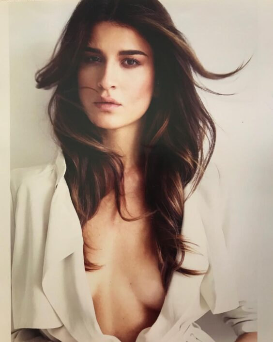 Modelle Brescia • VALERIA P • WOMEN, Gambista, Beauty, Manista, E-Commerce, Fotomodella Legs / Hand, Top Models, Fotomodella Over 20, Intimo, Abiti da Sposa, Fittings