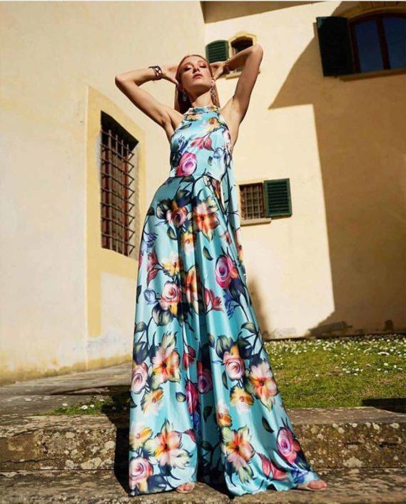 Modelle Brescia • VANESSA B • Fotomodella Influencer, WOMEN, Gambista, Beauty, Manista, E-Commerce, Fotomodella Legs / Hand, Top Models, Fotomodella Over 30, Fotomodella Over 20, Intimo, Abiti da Sposa, Fittings