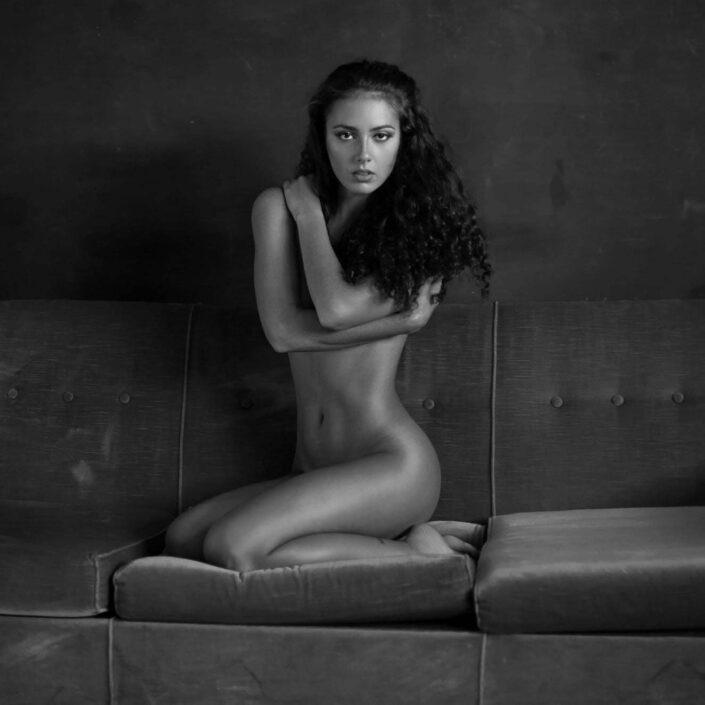 Modelle Brescia • VERONICA M • DEVELOPMENT, Gambista, Beauty, Manista, E-Commerce, Fotomodella Legs / Hand, Top Models, Fotomodella Over 30, Fotomodella Over 20, Intimo, Abiti da Sposa, Fittings