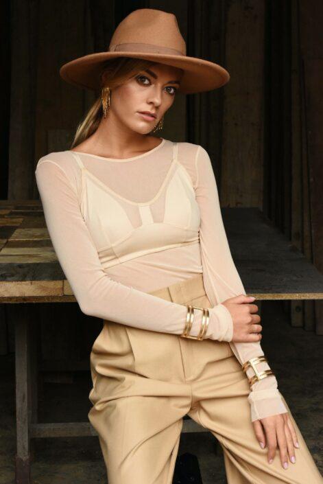Modelle Brescia • VERONICA A • Fotomodella Influencer, WOMEN, Gambista, Beauty, Manista, E-Commerce, Fotomodella Legs / Hand, Top Models, Fotomodella Over 20, Intimo, Abiti da Sposa, Fittings